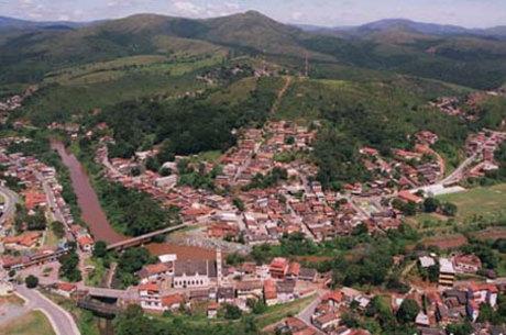 Rio Acima utiliza metodologia do projeto que mapeia áreas suscetíveis a desastre natural, da Agência RMBH, na revisão do Plano Diretor Municipal